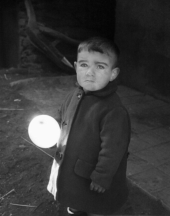 El niño y el globo
